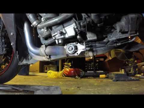 Exup valve fixed on the 4c8 (07 Yamaha R1)