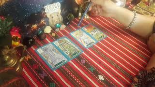 18+ Гадание на Таро для России на 2020 год