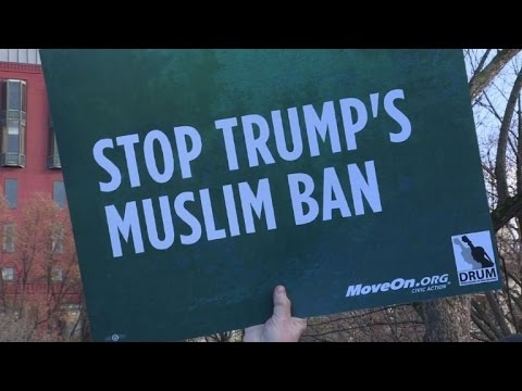 Rally in support of Muslims in Washington