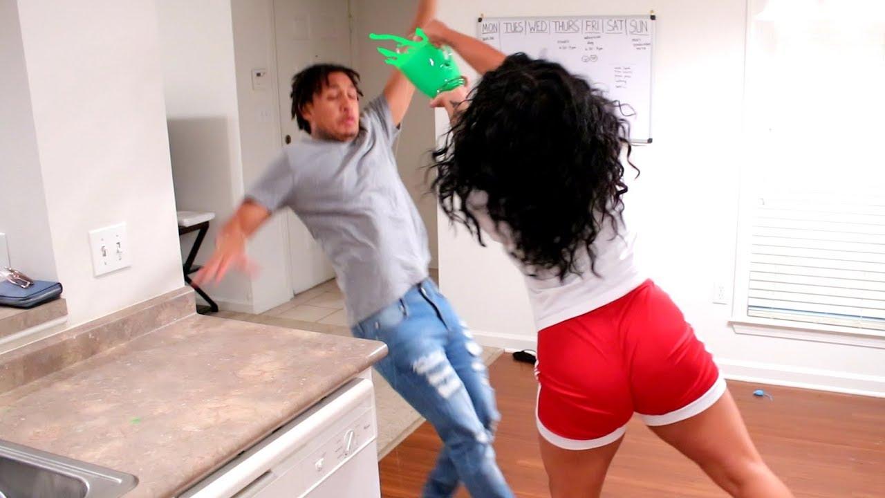 slime-prank-on-boyfriend