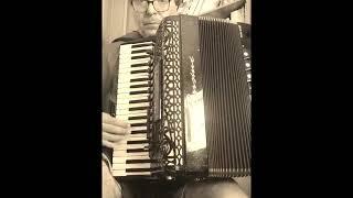 ASSO DI PICCHE (Valzer Musette). Fisarmonica: Giuseppe Valvano