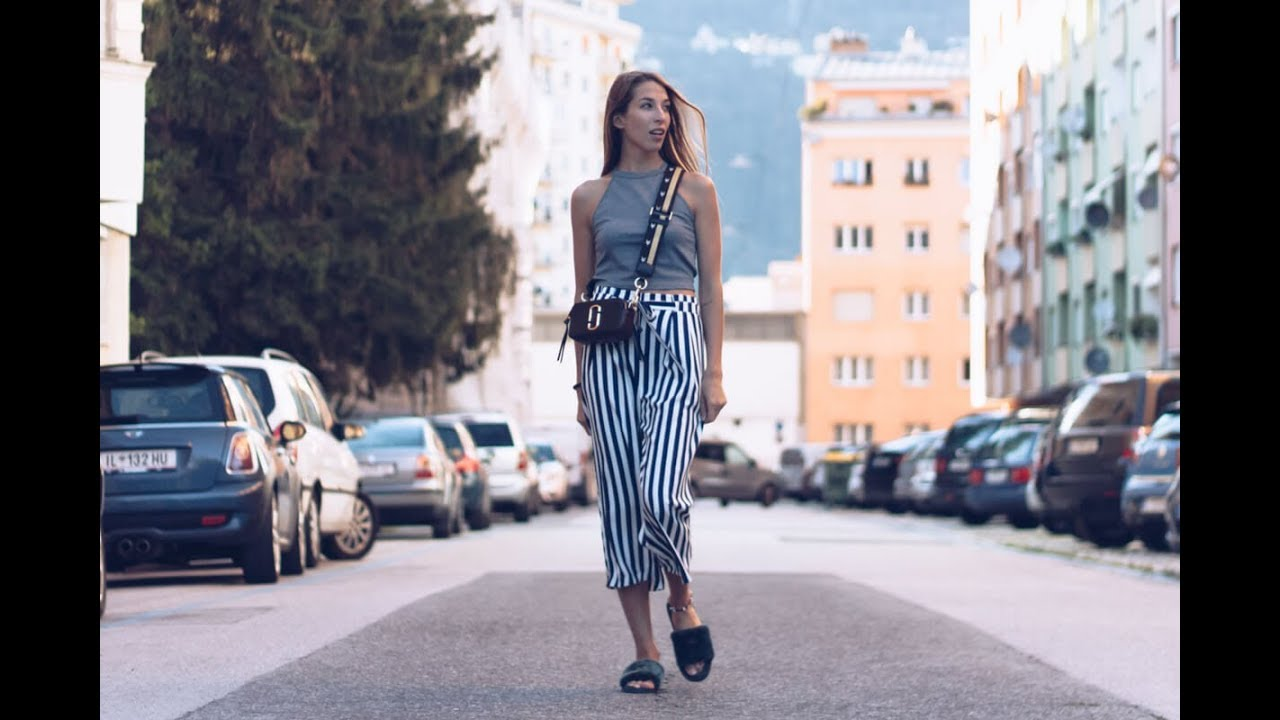 Lookbook Video Streifen Culotte Marc Jacobs Camera Bag