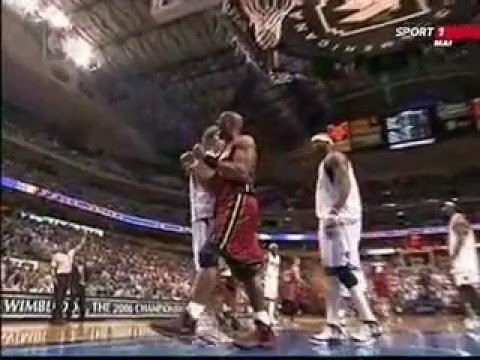 Alonzo Mourning honor -