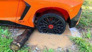 Lambo zat vast in de modder / Dima en Auto's