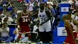 1995 NBA Finals - Game 1 - Hakeem Olajuwon (31 pts) vs Shaquille O'Neal (26 pts) - Part 2 (2nd Half)