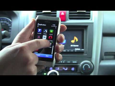 Internet Radio in car, with Bluetooth audio streaming