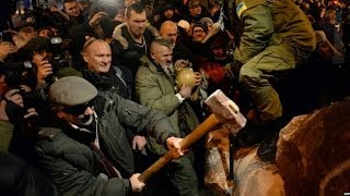UKRAINE: WHY WAS LENIN'S STATUE PULLED DOWN ? BBC NEWS
