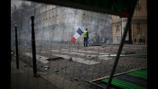 Без лидера, денег и правил. Как «желтые жилеты» стали самой неуправляемой протестной силой Европы