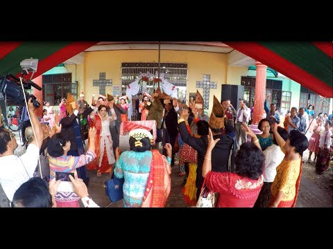 Seru! 😁 - Maumere Dance | Manortor Batak Bersama Pengantin | Gondang Nikah Batak