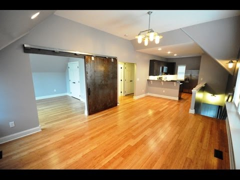 2 Bedroom Carriage House for Lease in Victorian Village across from Goodale Park