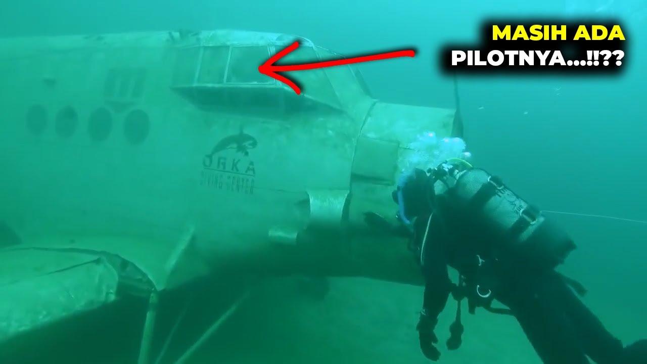 Penyelam Kaget Sekaligus Merinding Pas Liat Ada Bangkai Pesawat Didasar Laut Beserta Pilotnya