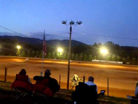 Rolling Thunder Raceway, 1/4 midget winged sprints, June 15, 2012