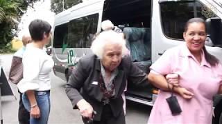 Passeio com as idosas no café colonial Mansão Merano - Solary