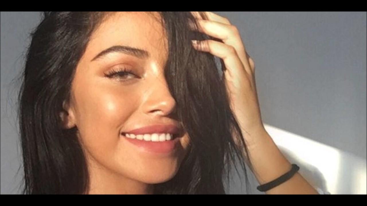 Subliminal - Get a beautiful feminine face - YouTube  Subliminal - Ge...