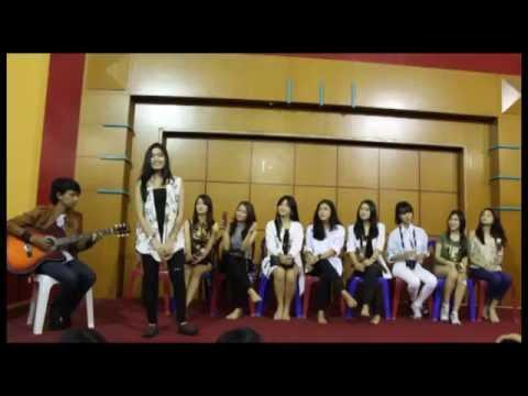 Featuring with CherryBelle - Aku Pasti Bisa Live At RRI Radio Bandung 03 April 2016