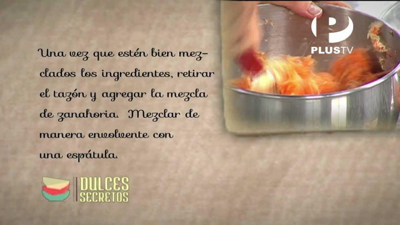 Zanahoria Blanca En Ingles – Echa las zanahorias en el tazón y revuélvelas suavemente hasta integrar todo.