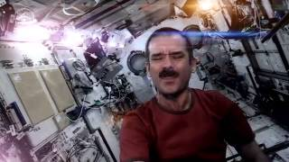 Chris Hadfield : Space Oddity