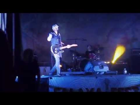 Shake that Girl ! Dash Rip Rock @Falaya Fest