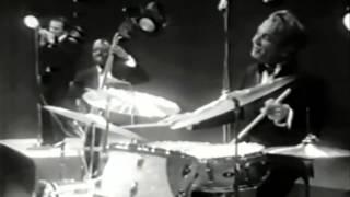 Gene Krupa, Eddie Shu Jazz Quartet   Caravan