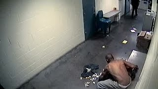 graphic video last moments of denver jail inmate s life