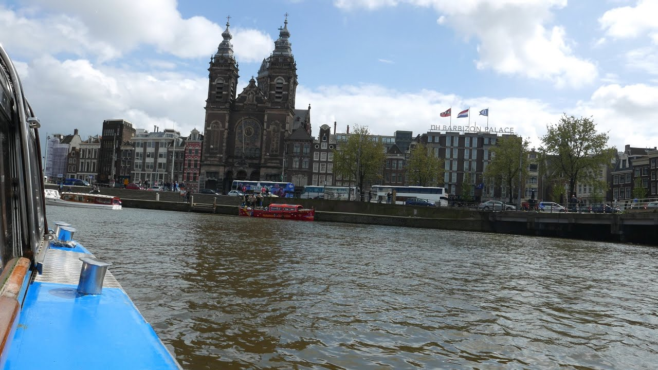 Amsterdam Canal Boat Cruise Tour Part 1 (Sea Palace Chinese Restaurant ...: https://www.youtube.com/watch?v=hdN72zX-_lU