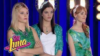 Las chicas y los chicos cantan Valiente | Momento Musical (con letra) | Soy Luna thumbnail