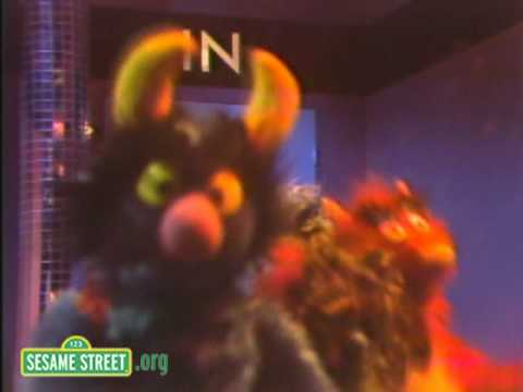 Sesame Street: In and Out Fever