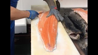 Salmon fish filleting - 9 kg. Fish factory. Разделка Семги на рыбной фабрике в Ирландии