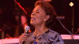 Dionne Warwick - I'll be home for Christmas