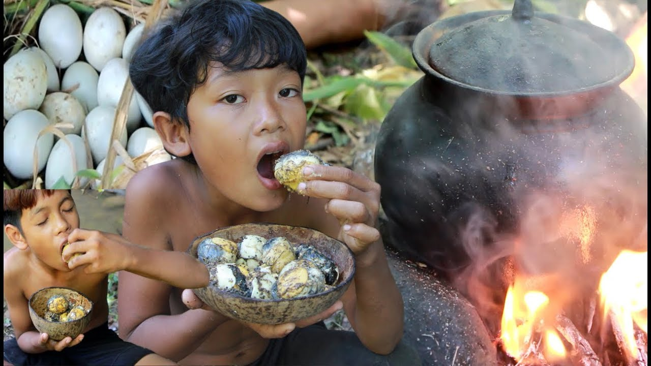 Primitive Technology - Cooking Baby egg ducks and eating