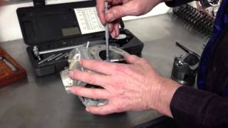 how to measure piston to cylinder clearance