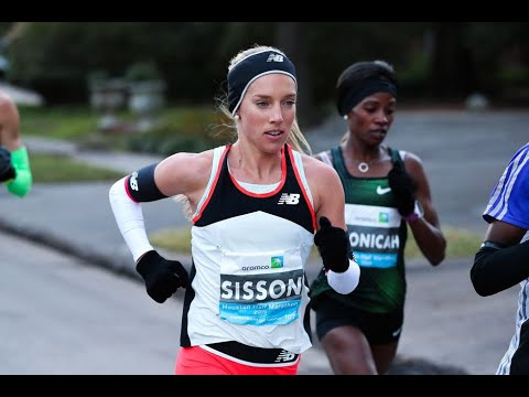 Emily Sisson Misses U.S. Record By 5 Seconds At The 2019 Houston Half Marathon
