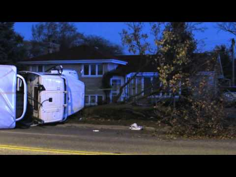11/17/16: semi & SUV collide in serious Skokie crash @ Golf & Tripp