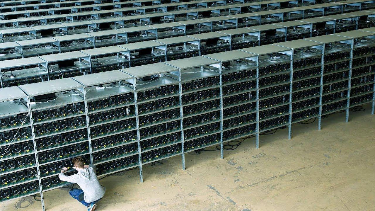 تعدين عملة البتكوين في اكبر مزارع التعدين في الصين ، روسيا ، امريكا - YouTube