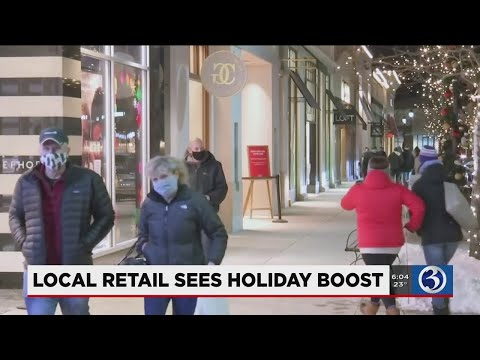 VIDEO: Consumers across CT attempt to put bow on holiday shopping lists this weekend