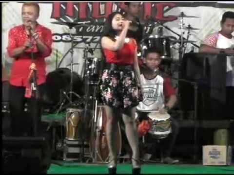 Ngelali - Novi Ananda - Kalimba Musik live Rogomulyo Teras