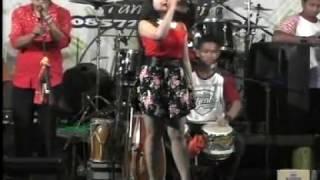 Ngelali Novi Ananda - Kalimba Musik live Rogomulyo Teras.mp3