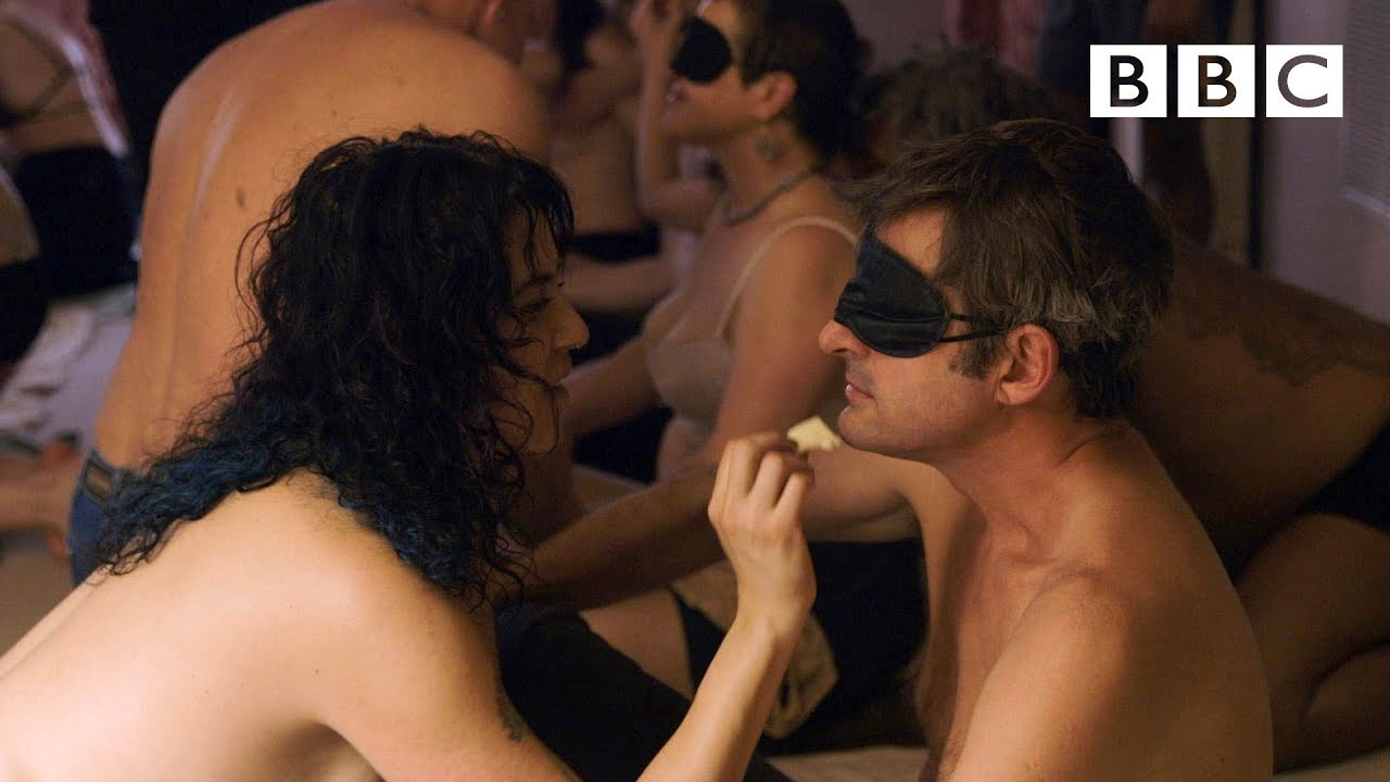 Louis Theroux strips off at a sensual eating party