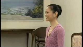 Miyako Yoshida teaches variation from Giselle ACT1. Aug 2009.