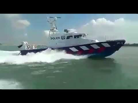 Singapore Police Coast Guard Chasing Malaysian Vessel - Remix