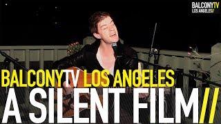 A SILENT FILM - HARBOUR LIGHTS (BalconyTV)