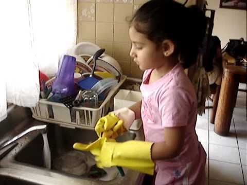 Mientras friega los platos 7