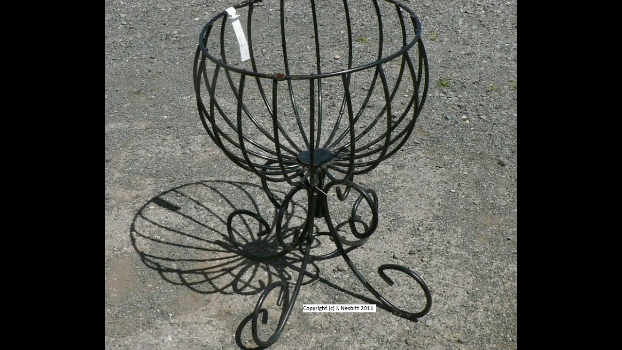 Demonstration; Lining A Very Large Wrought Iron Planter, Hayrack Or Trough.  Tom Chambers Urn.