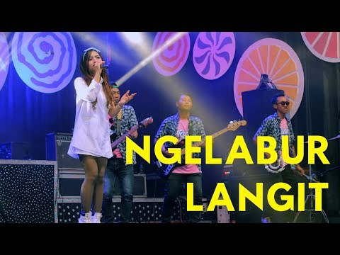 Ngelabur Langit - Mala Agatha ( Official Music Video ANEKA SAFARI ) ( #anekasafari )