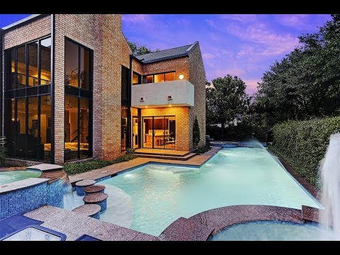 Classic Frank Lloyd Wright Style Home In Houston, Texas