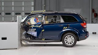 2015 Dodge Journey driver-side small overlap IIHS crash test
