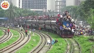 Tàu hỏa chở 10.000 người...không thể tin nổi