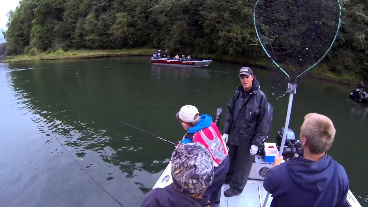 Lewis river fishing with cameron black youtube for Lewis river fishing report