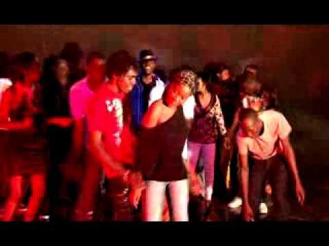 Download KATENGA ENT. PRESENTS { WEAK INSIDE } BY  DJ QRITIQAL of { Re-union Entertainment (Msa ) }.flv