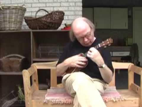 Heliotrope Bouquet ukulele